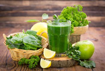 Fresh green smoothie in the glass