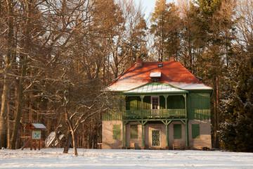 Das grüne Haus im Winter