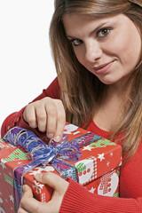 Girl open the gift