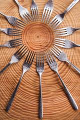 Sets of forks
