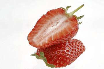 halbierte Erdbeere