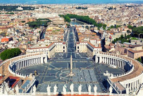Fototapeta Famous Saint Peter's Square in Vatican