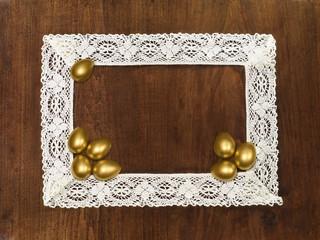 golden eggsin crochet frame