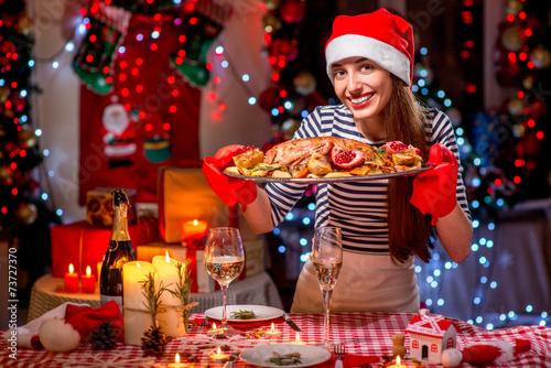 Papiers peints Situation Woman preparing for Christmas dinner