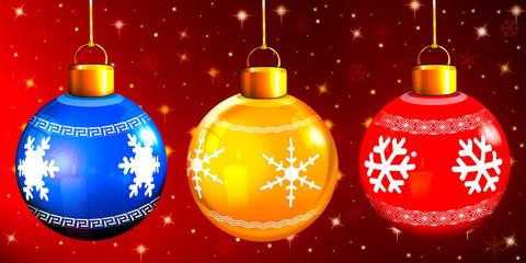 drei hängende Weihnachtskugeln, freigestellt