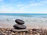 rocas en la playa - 73738172