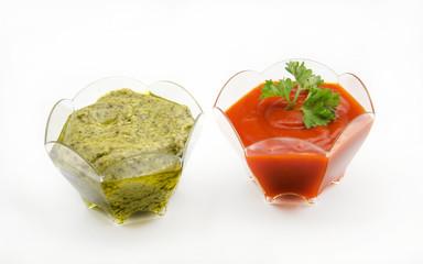 Salsas de tomate y guacamole