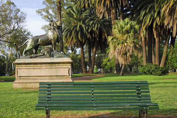 Lion and bench at Bosques de Palermo