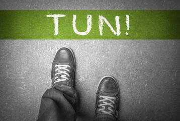 Tun! - Linie auf Boden