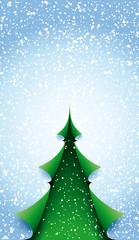 Grüner Baum gefaltet mit Schneehintergrund