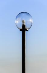 Lampione a sfera
