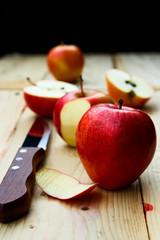 apple sliced and peel