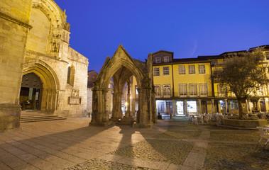 Oliveira square with church and padrao do Salado monument, Guima