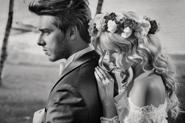 Black&white portrait of the couple