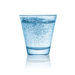 Sprudel glas freisteller