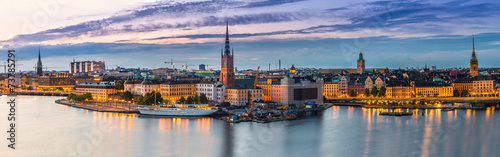Canvas Europa Scenic summer night panorama of Stockholm, Sweden