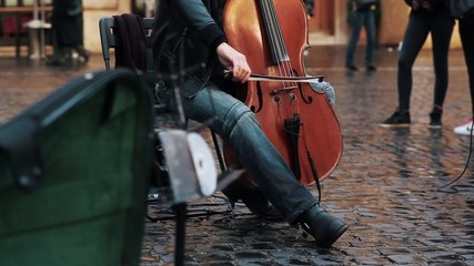 Street Performer in Rome
