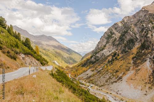 Deurstickers Flüela, Passstrasse, Flüelapass, Alpental, Herbst, Schweiz