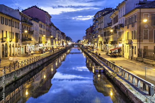 Poster Stad aan het water Naviglio Grande canal in the evening, Milan