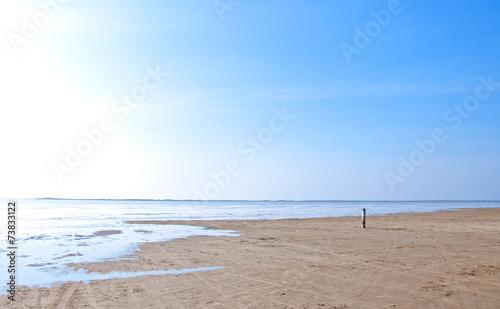 canvas print picture An einem einsamen Strand