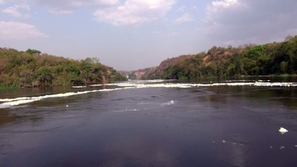 Views of the calm waters of the White Nile River in motion