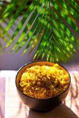 Reis in der Schale