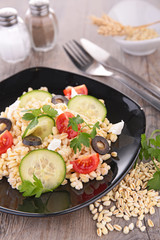 salad with grain and vegetables