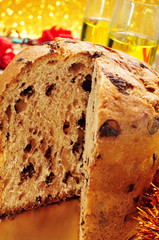 panettone and champagne
