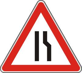 Verkehrszeichen, verengte Fahrbahn