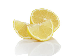 ripe lemon slices