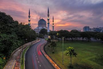The beautiful Sultan Salahuddin Abdul Aziz Shah Mosque at Sunris