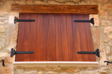 contraventanas de madera rusticas