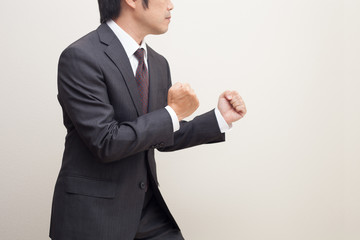 戦うビジネスマン