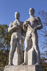 Statuen zweier Sportler
