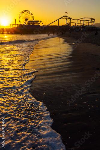 Papiers peints Attraction parc Sunset over Santa Monica Pier