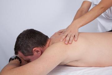 Massage épaules