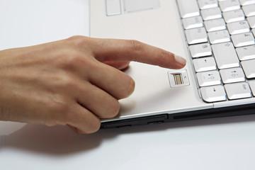 Fingerabdruckscanner 1