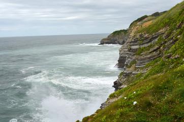 Falaise cote Basque paysage