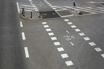 Radweg,Straßenmarkierung
