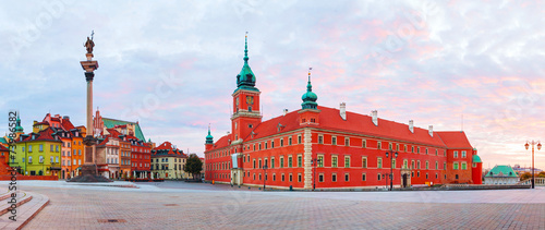 Foto op Plexiglas Oost Europa Castle square panorama in Warsaw, Poland