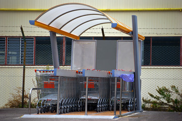 row of supermarket trollyes