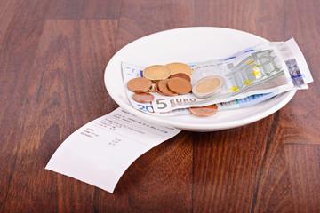 Tip on a restaurant table