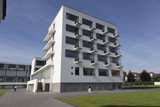 Bauhaus mit Balkonen poster