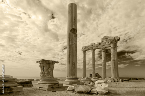 Foto op Canvas Athene Ancient Greek ruins in the Turkish city of Side