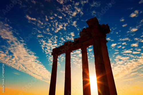 Tuinposter Athene Ancient Greek ruins in the Turkish city of Side