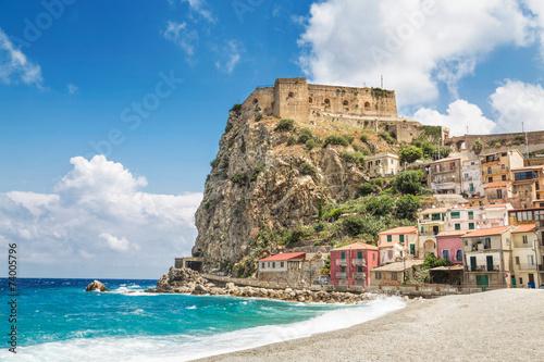 Leinwanddruck Bild Beach of Scilla with Castello Ruffo, Calabria, Italy