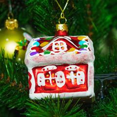 Рождественское украшение для елки - домик.