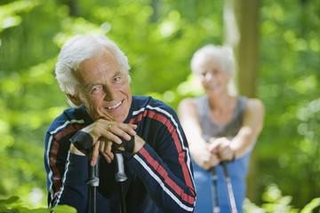 Senioren Paar eine Pause
