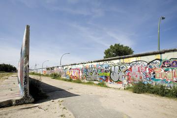 Deutschland, Berlin, Mauer mit Graffiti