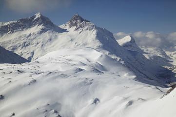 Österreich, Vorarlberg, Lech, schneebedeckten Gebirgszug